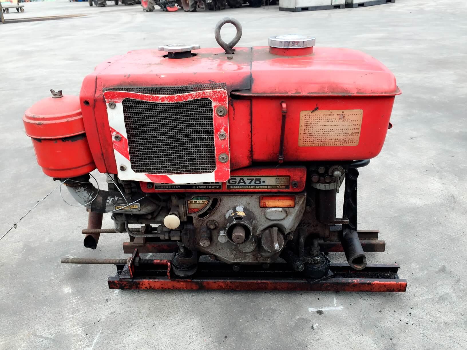 軽油エンジン